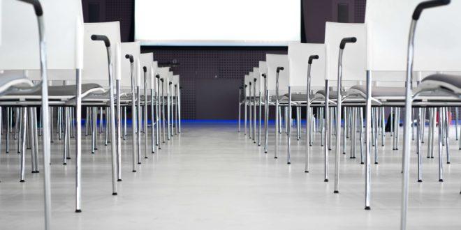 אירועים וכנסים מקצועיים - כיסאות